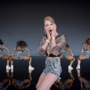 #45 Taylor Swift – Shake It Off (2014)