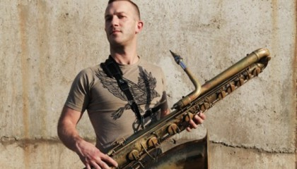 Small talk: vieraana Colin Stetson