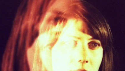Elokuu 2013: Julia Holter – Loud City Song