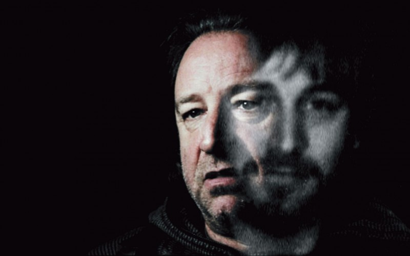 Small talk: vieraana Peter Hook