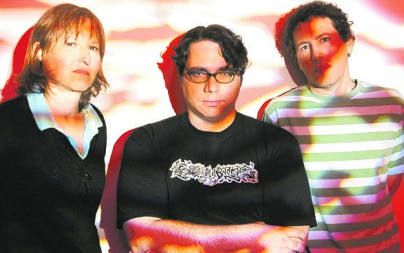 Small talk: vieraana James McNew (Yo La Tengo)