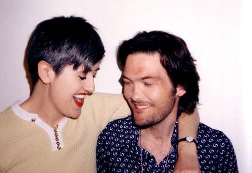 Tracey ja Ben. On helppo nauraa, kun on hitti.