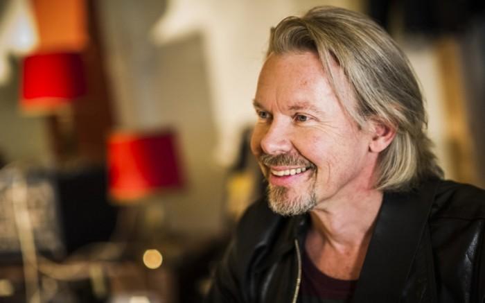 #41 J. Karjalainen tunkeutui listalle, vaikka laulajaveteraanin Mennyt mies -single julkaistiin vasta uudenvuodenaattona!