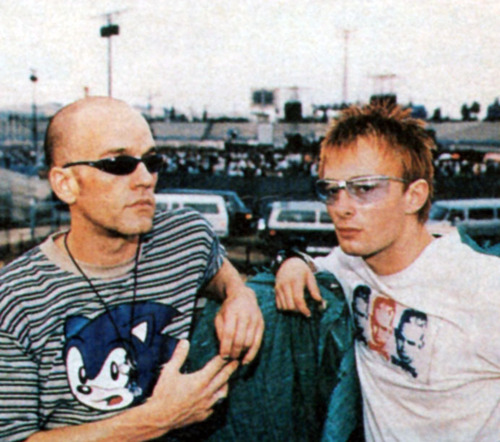 Yorke ja R.E.M.:n Michael Stiple.