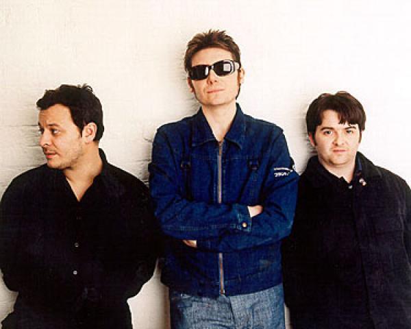 Manic Street Preachers ja downshiftaamisen vuosi 1998.