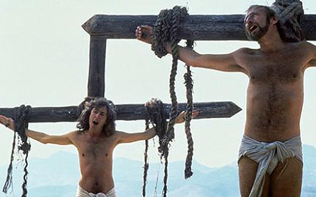 Eric Idle ja Graham Chapman todistivat, että ristillä voi riippua svengaavastikin.