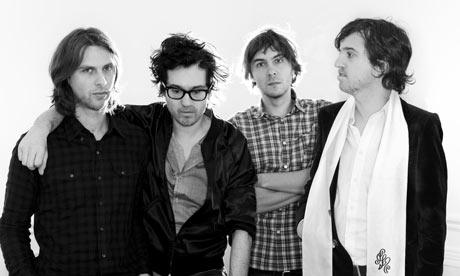 Phoenix, quatre messieurs de Versailles.