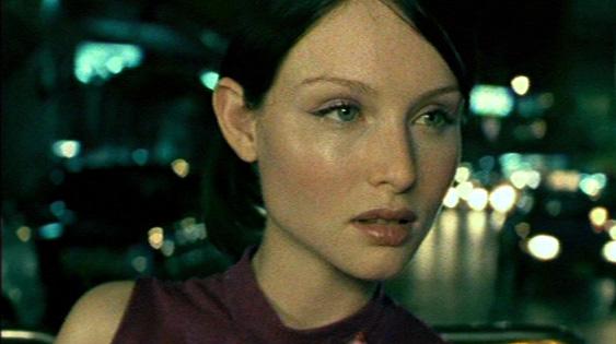 Sophie Ellis-Bextor. Ei tarvetta hot pantseille.