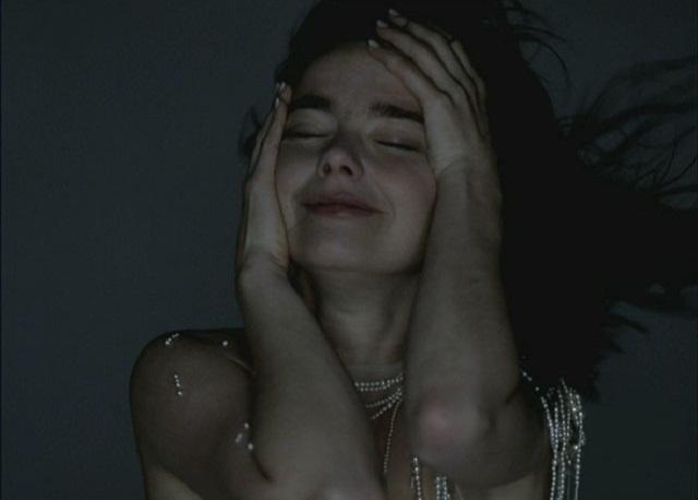 Björk. Liian ihana jopa itselleen.