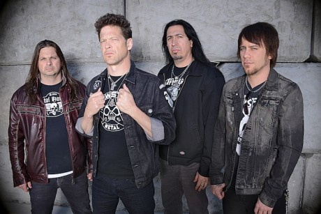 Jason Newsted (toinen vasemmalta) on nyt Newsted.