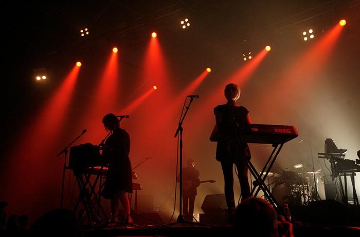 Tomi Palsa kuvasi Ladytronin Ruisrockissa vuonna 2009.