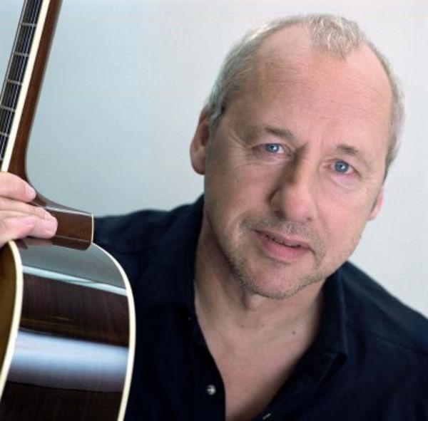 Mark Knopfler on soittanut viimeiset 20 vuotta pienimuotoista musiikkia, jonka esittäminen onnistuu ilman hikinauhaa.