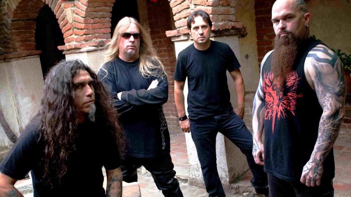 Habitukseltaan hajanainen mutta soitannollisesti yhä räjäyttävä originaalikokoonpano 2000-luvulla: Araya-Hanneman-Lombardo-King.