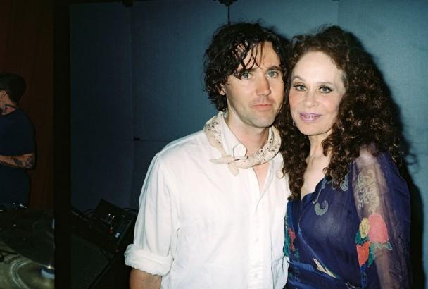Cass McCombs teki levyn Karen Blackin muistolle.