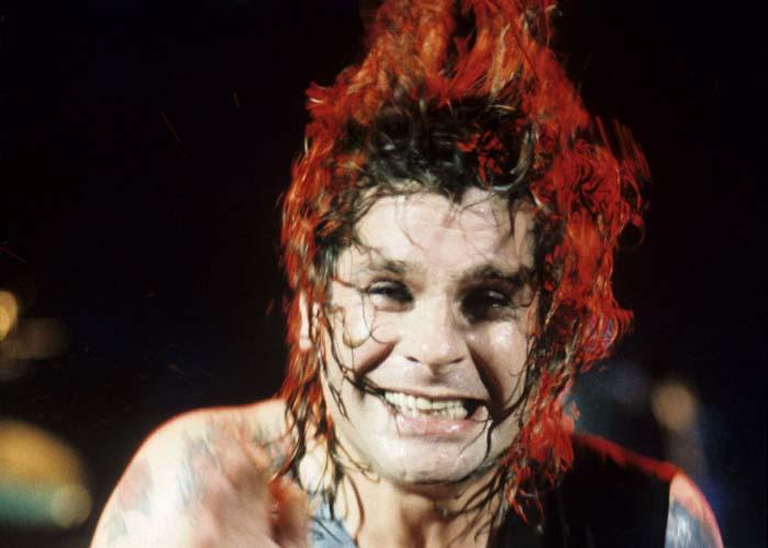 Näin sitä ollaan! Ozzy Osbourne eksistoi.