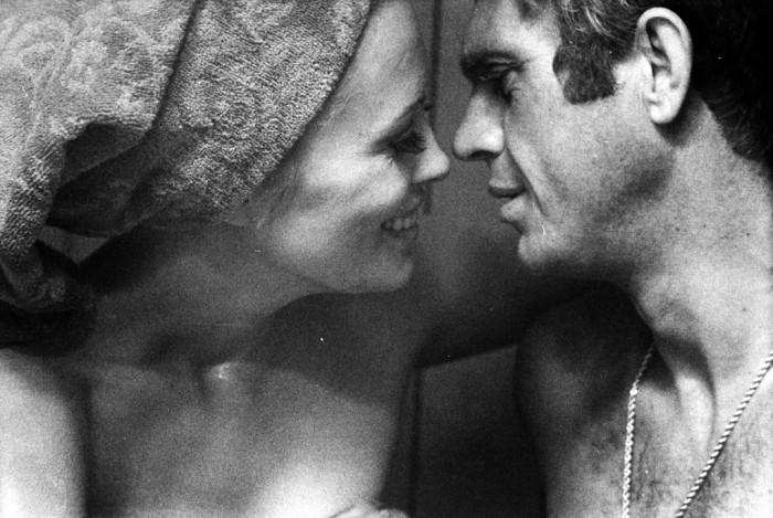 Pääosat: Steve McQueen ja Faye Dunaway.