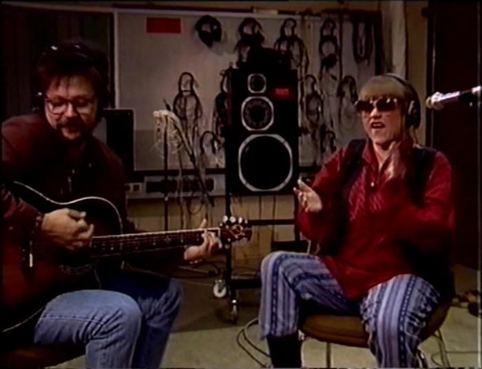 Saara Suvanto ja Ilpo Murtojärvi jammailevat vuonna 1990. (Lähde: Mediakomppania.)