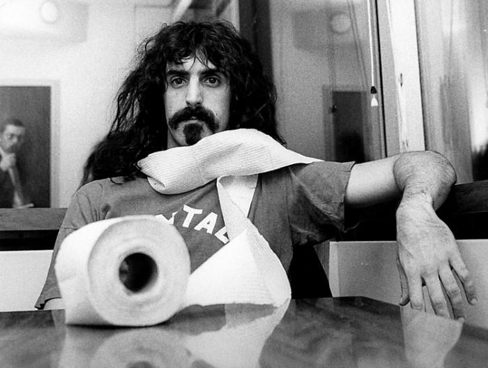 Frank Zappa – vakava hassuttelija.